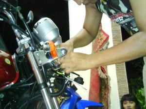 Membongkar Headlamp Yamaha Scorpio