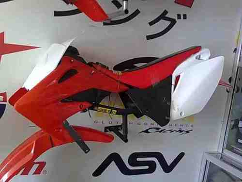 Bodykit CRF250 made in Taiwan